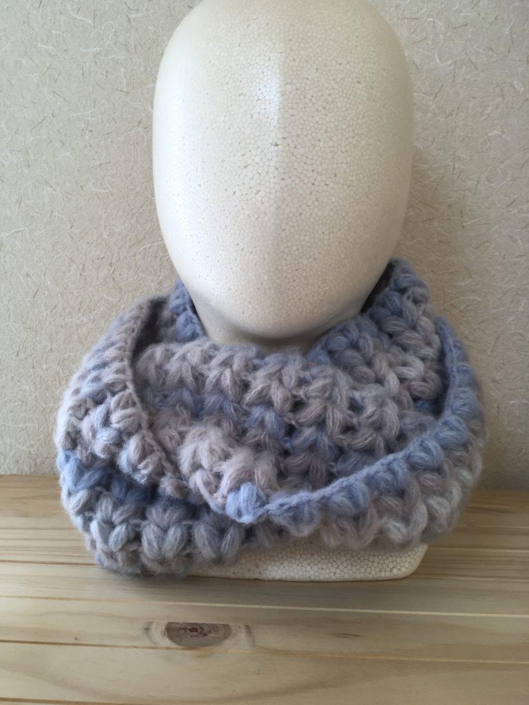 ぷっくりかわいいハート模様のスヌードの編み方♡