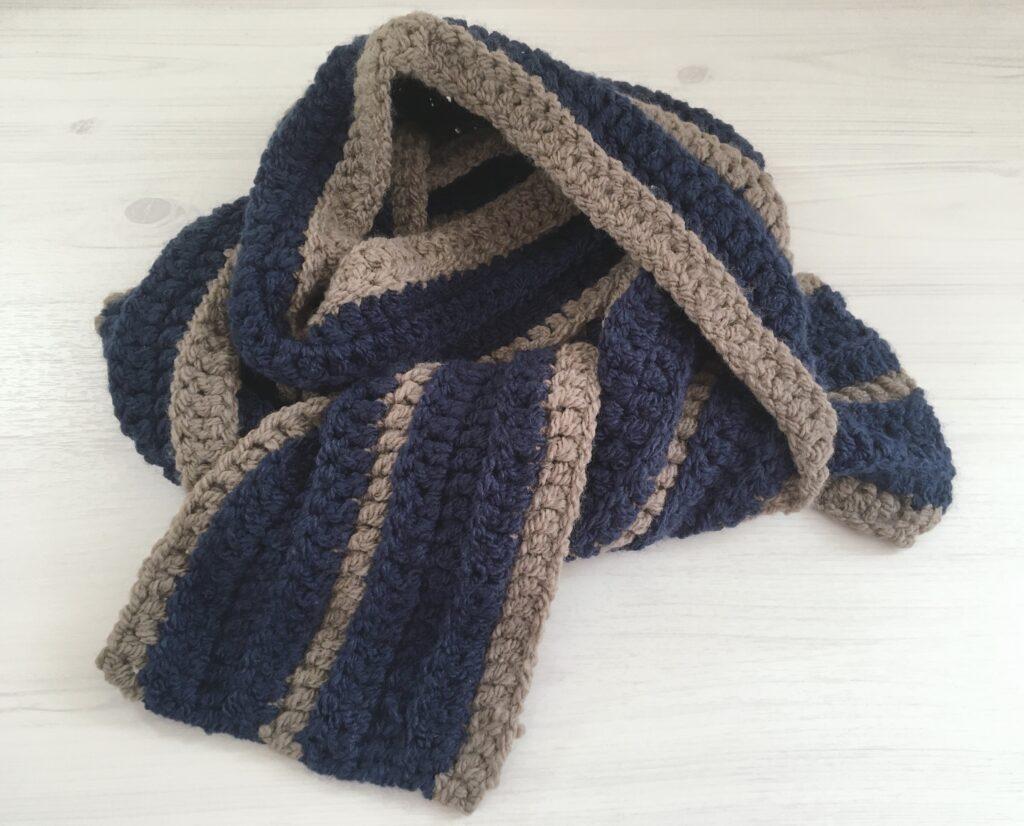 長編みとうね編みで編むかんたんマフラー
