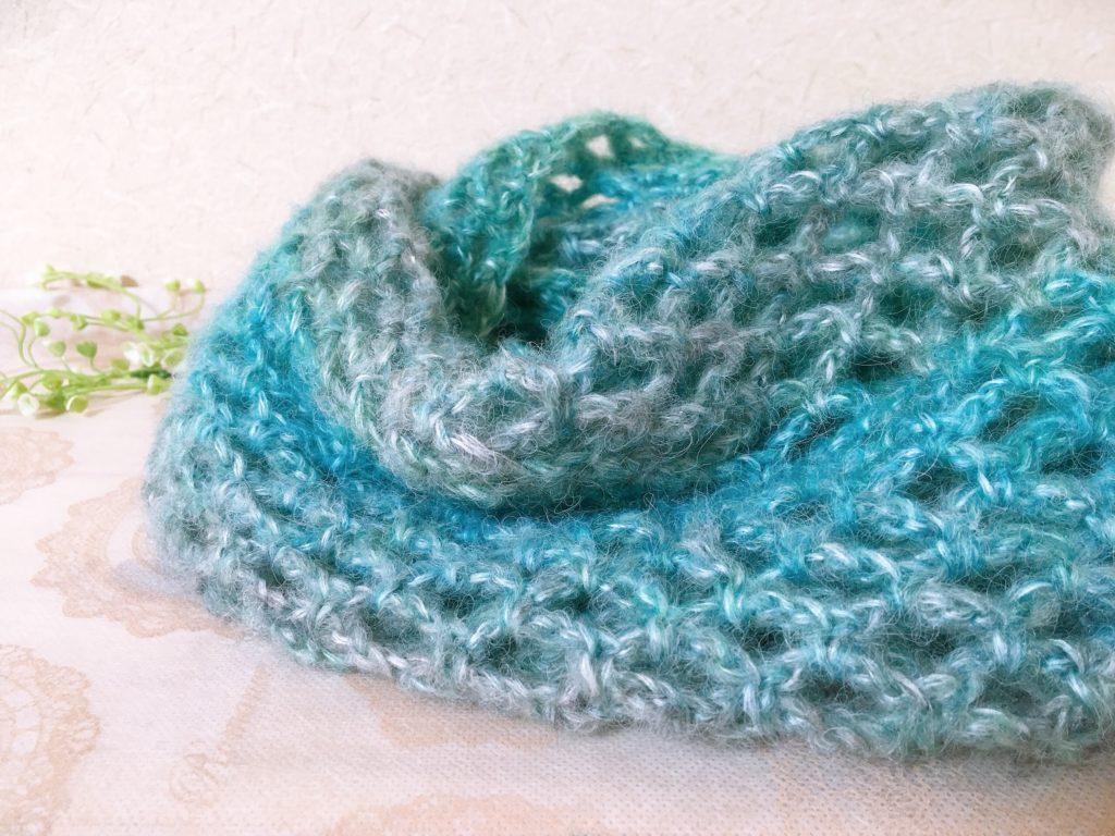 サクサク短時間で編めるネット編みスヌードの編み方