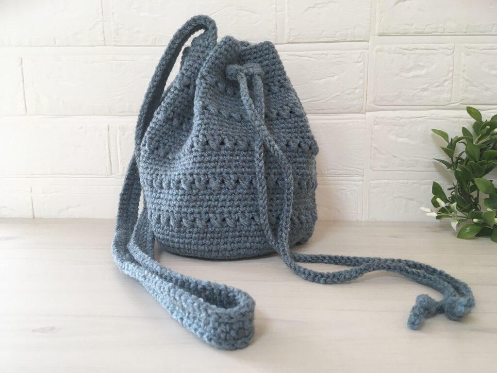 メランジテイストでバケツ形の巾着バッグを編んでみました