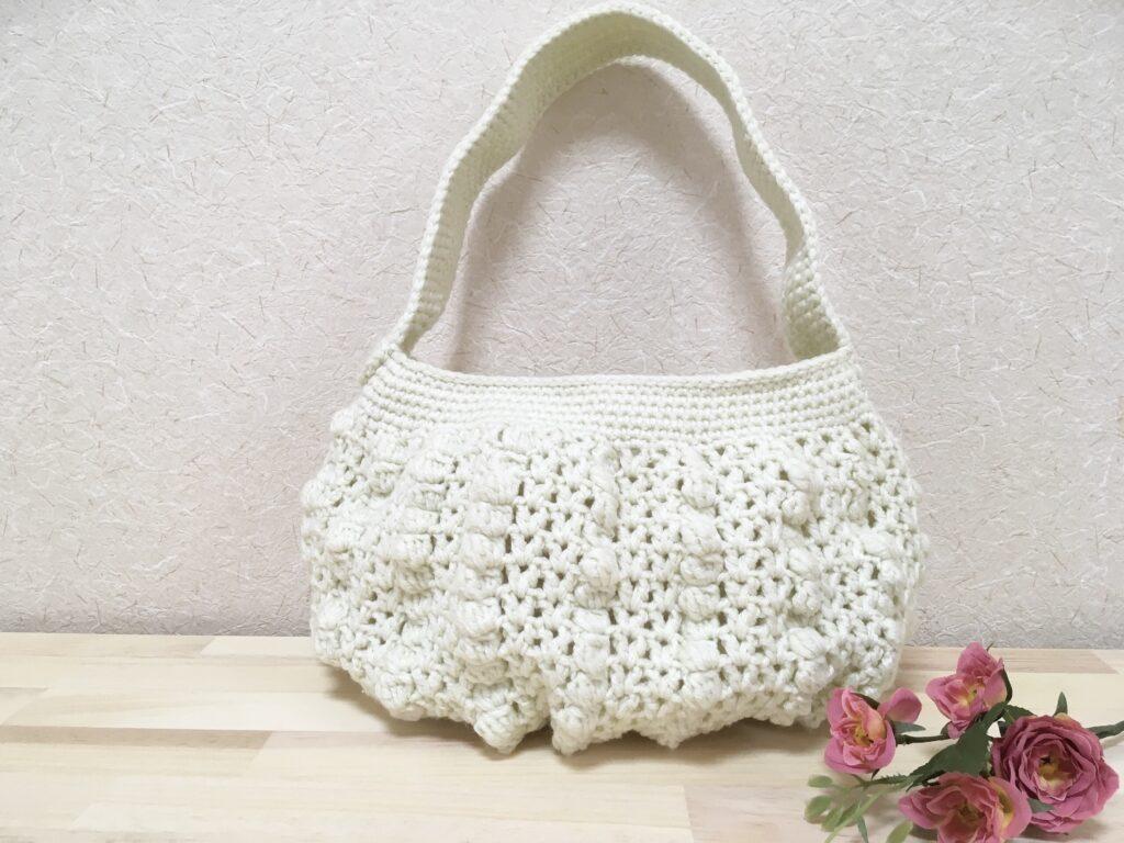 メランジテイストで玉編み模様のバルーン形グラニーバッグを編んでみました♪