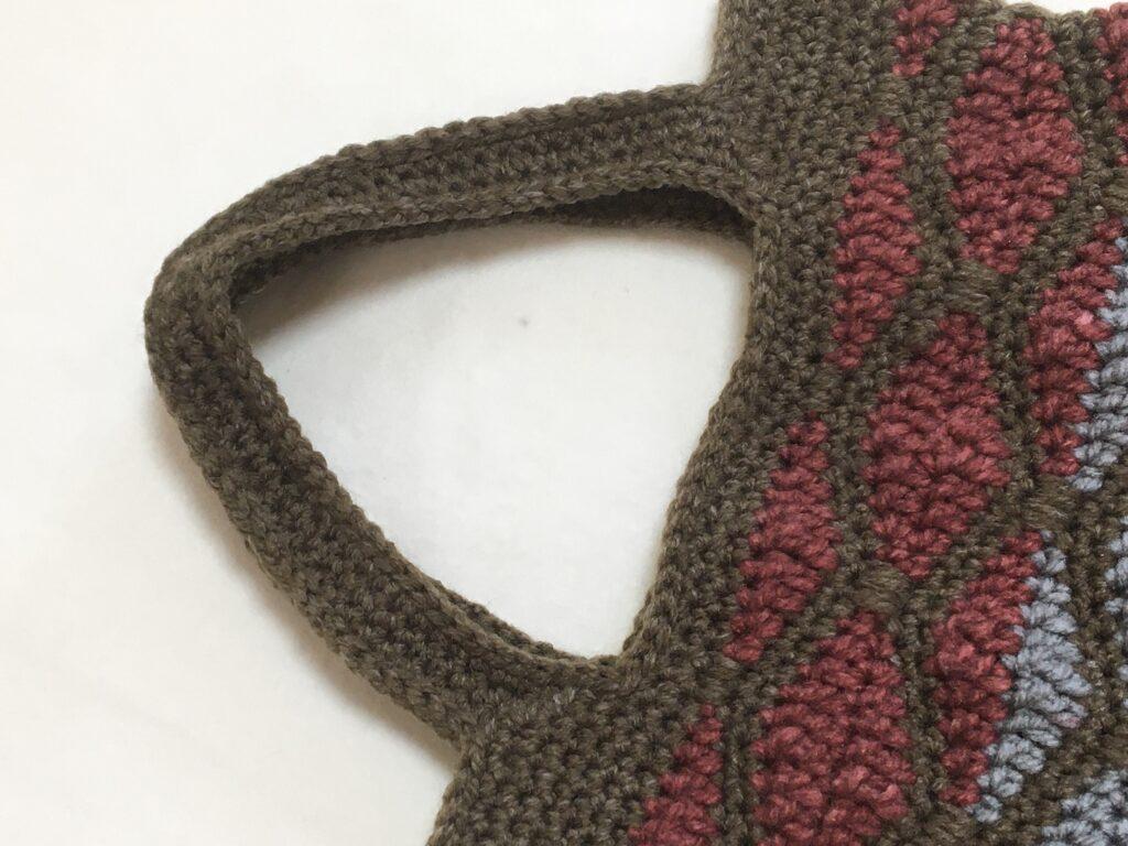 メランジテイスト春夏毛糸で秋らしく編んだ素敵な「ぺたんこバッグ」