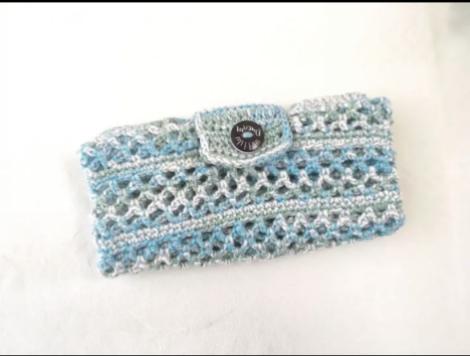 かぎ針で編んだ可愛くまとまる夏のエコバッグ